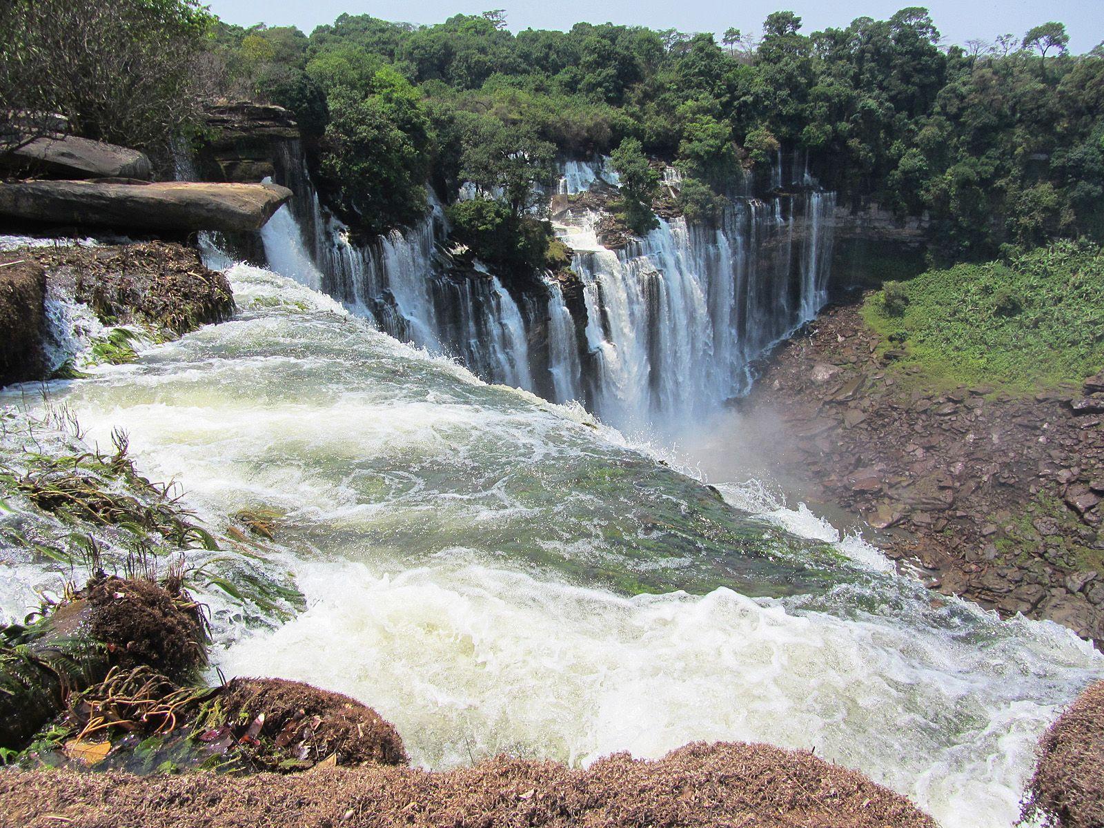Красота водопада Каландула