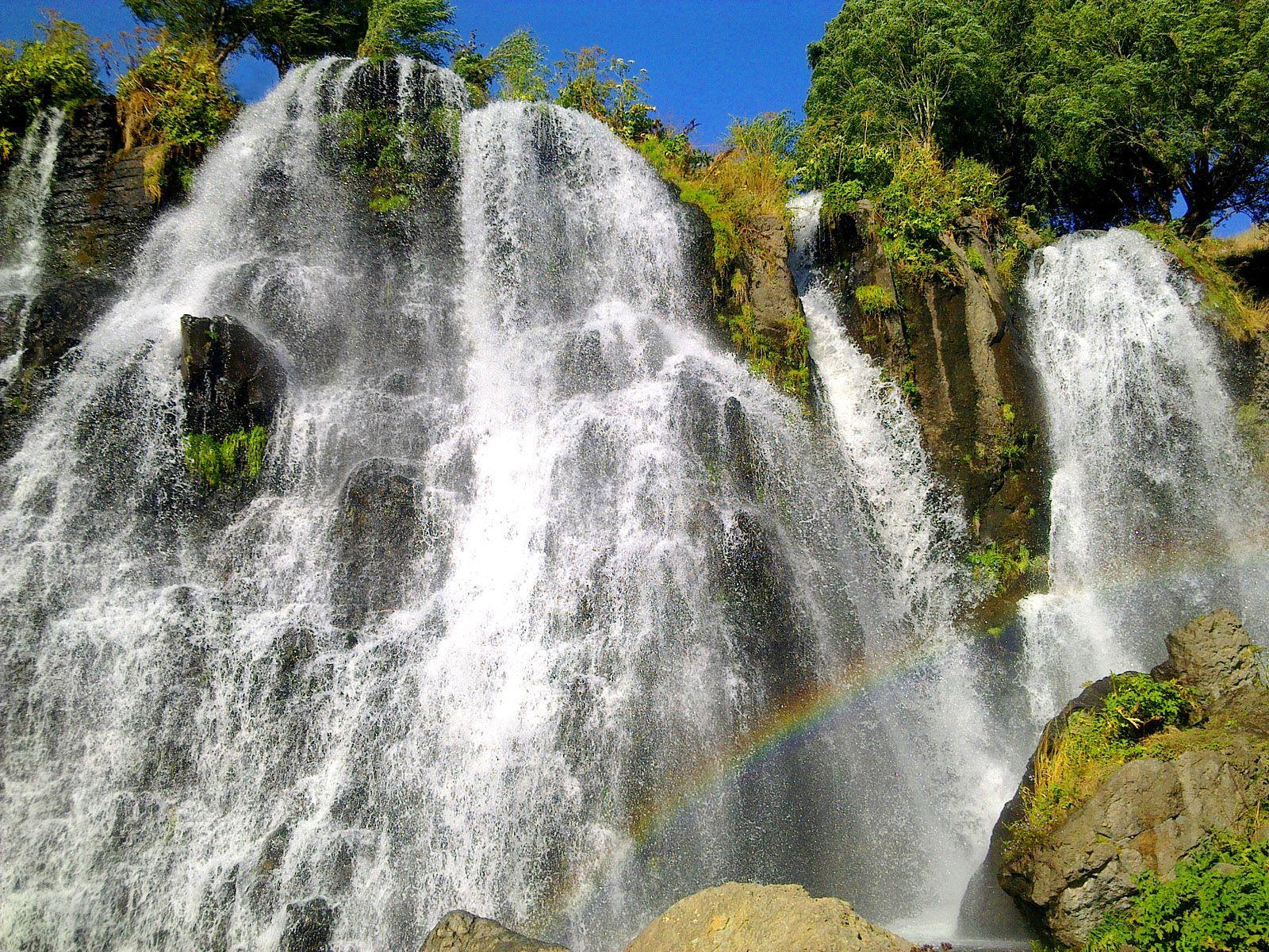 Радуга и Шакинский водопад