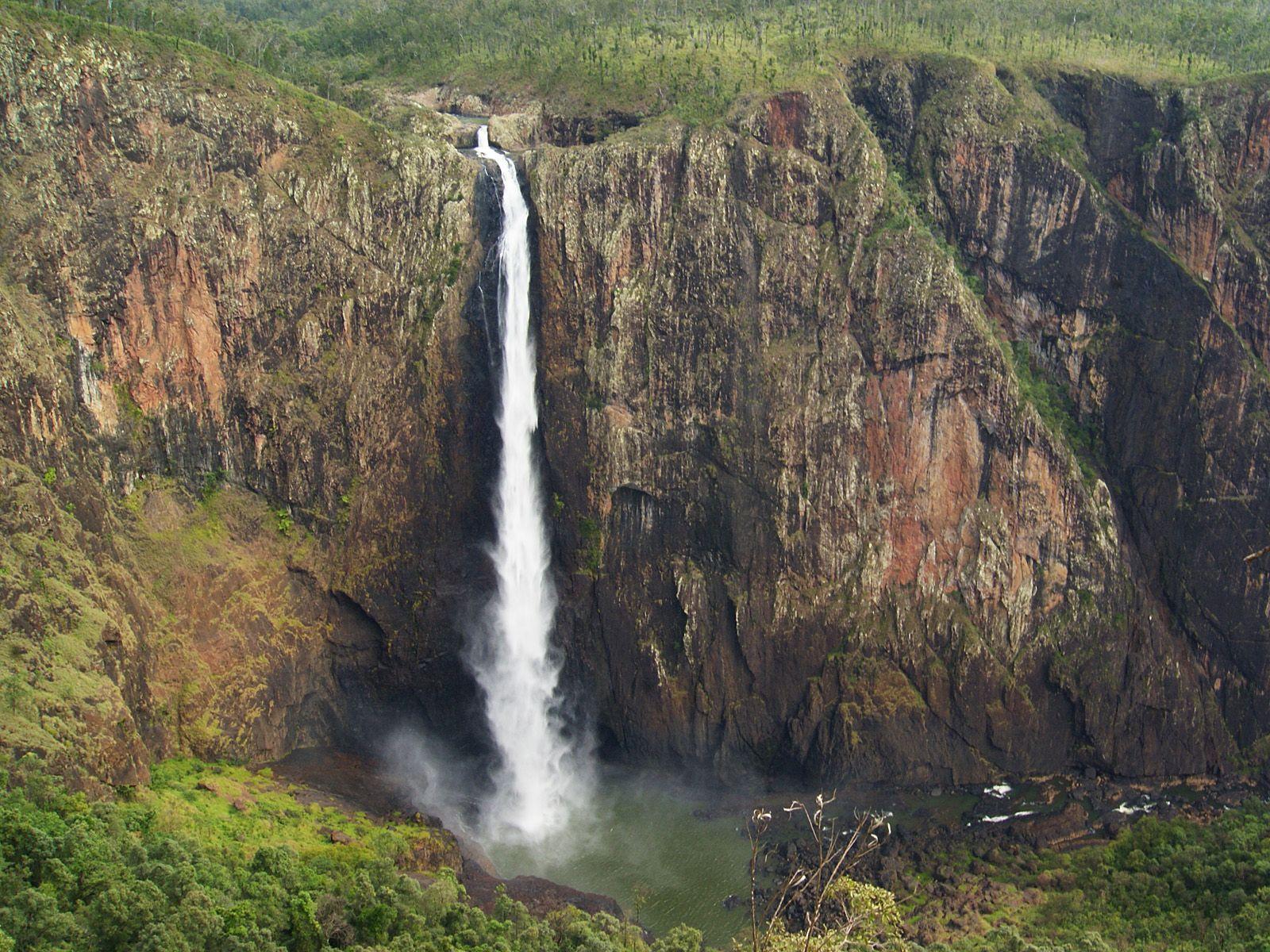 Водопад Уолламан