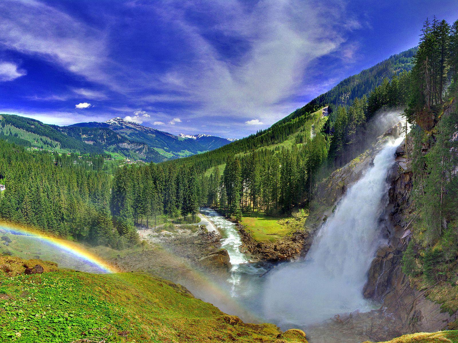 Пейзаж у водопада Криммлер
