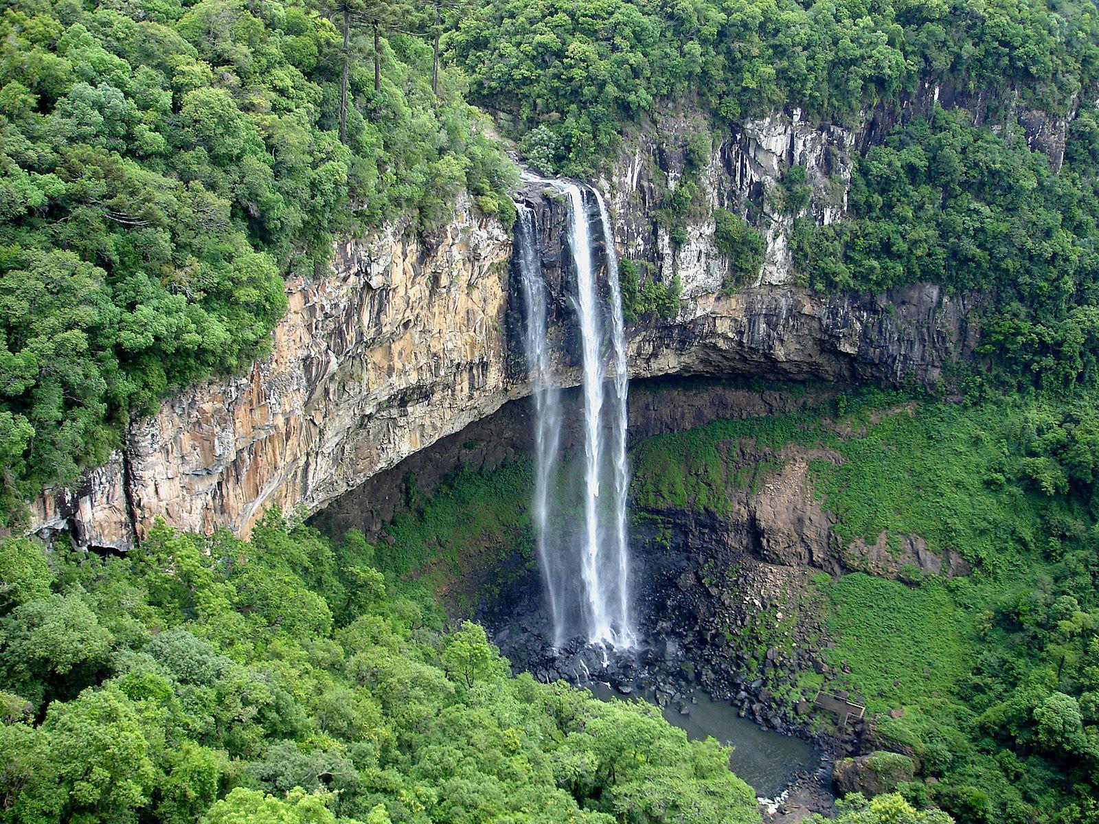 Водопад Каракол