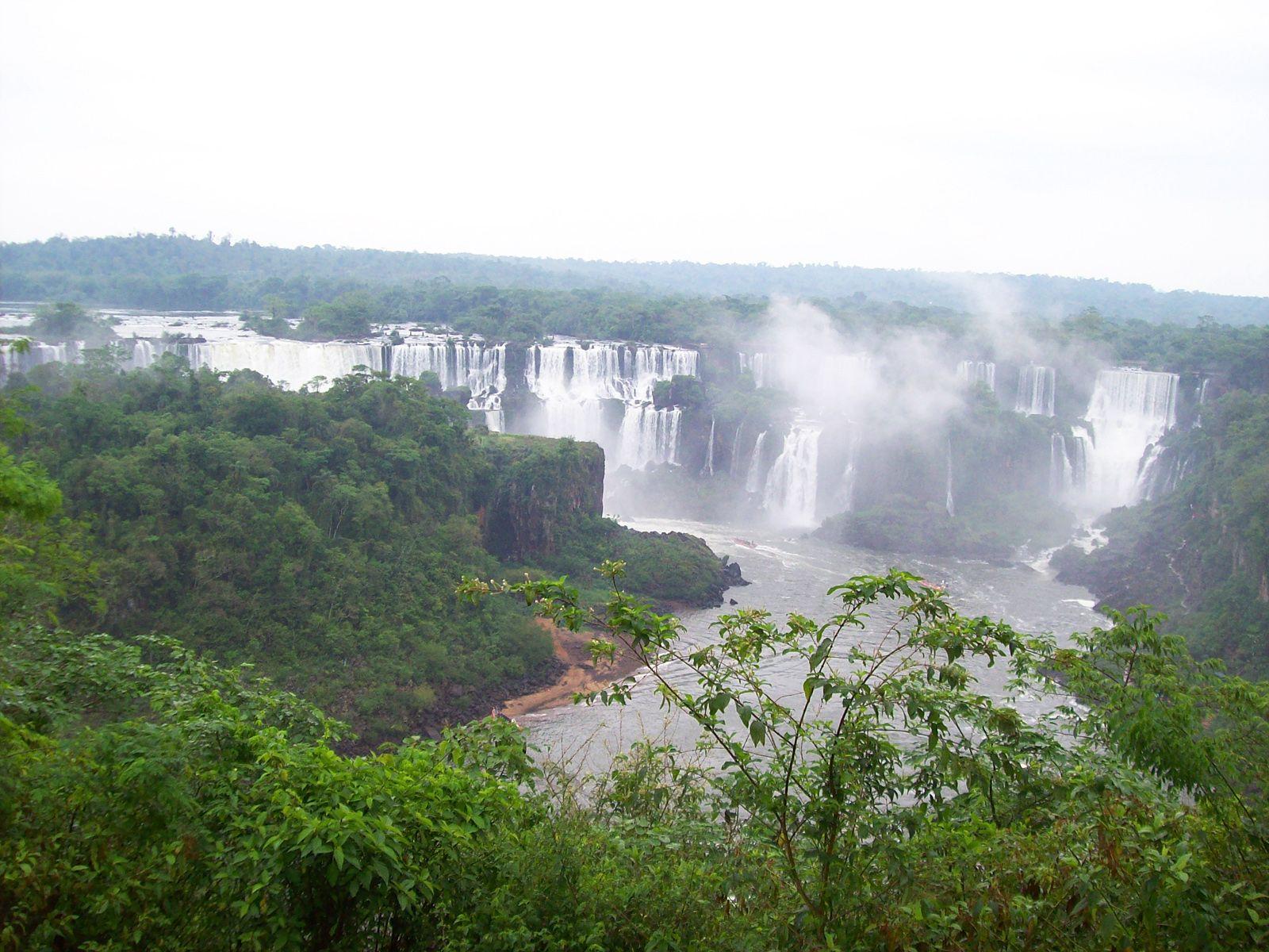 Водопад Игуасу пейзаж
