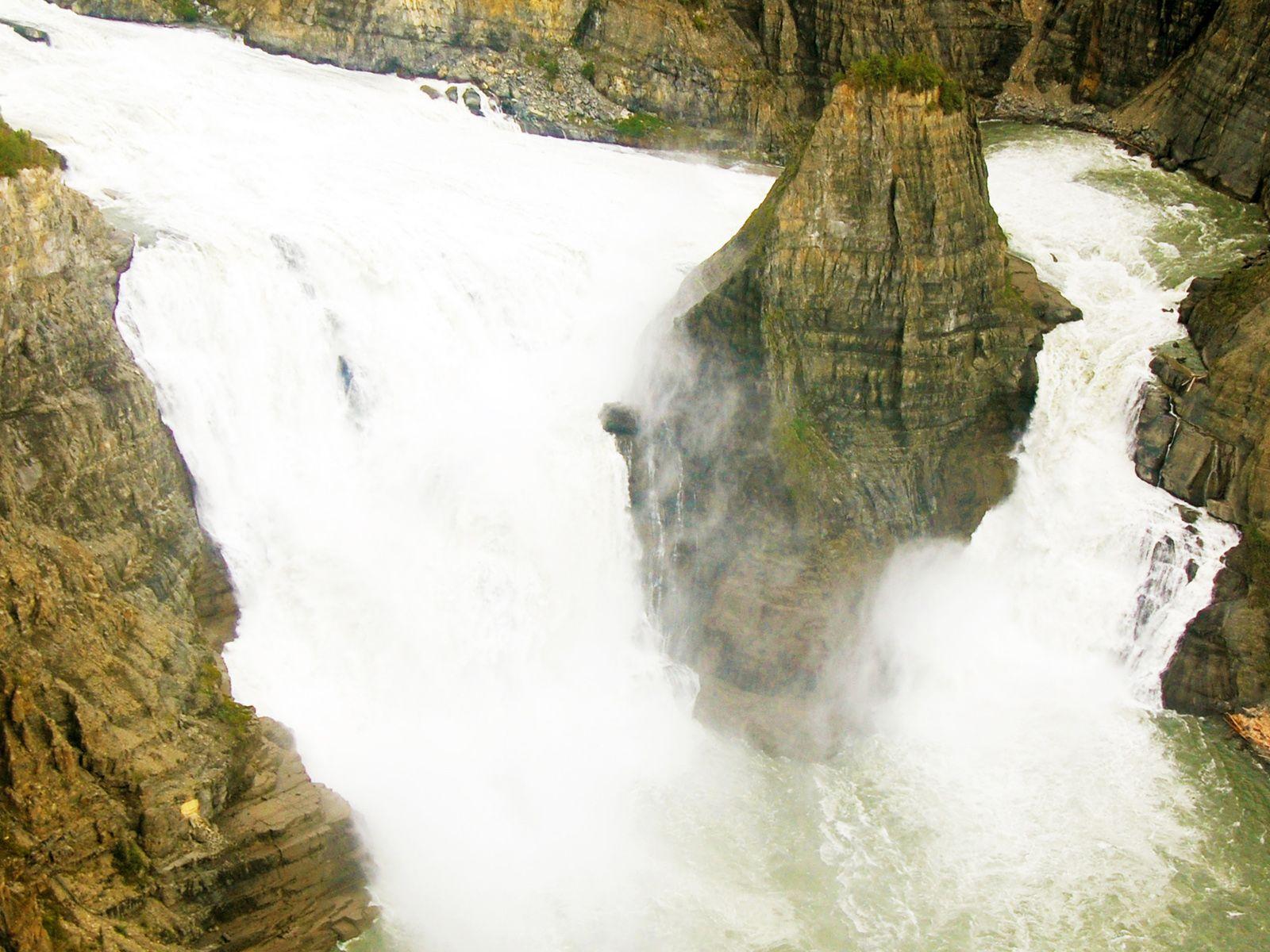 Водопад Вирджиния вблизи