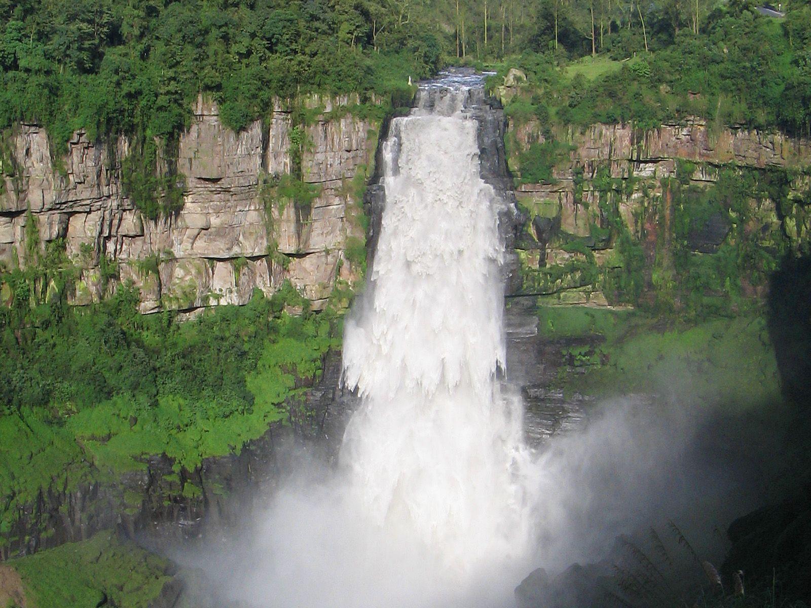 Водопад Текендама