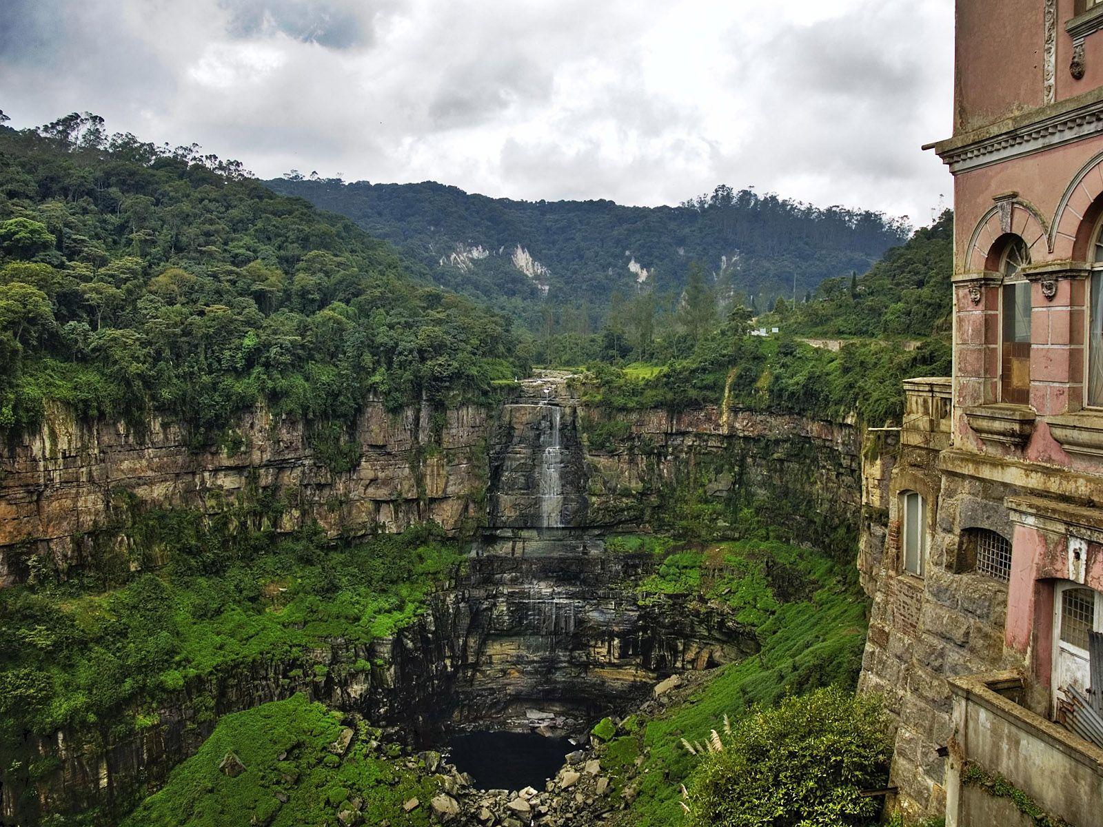 Водопад Текендама в дни засухи