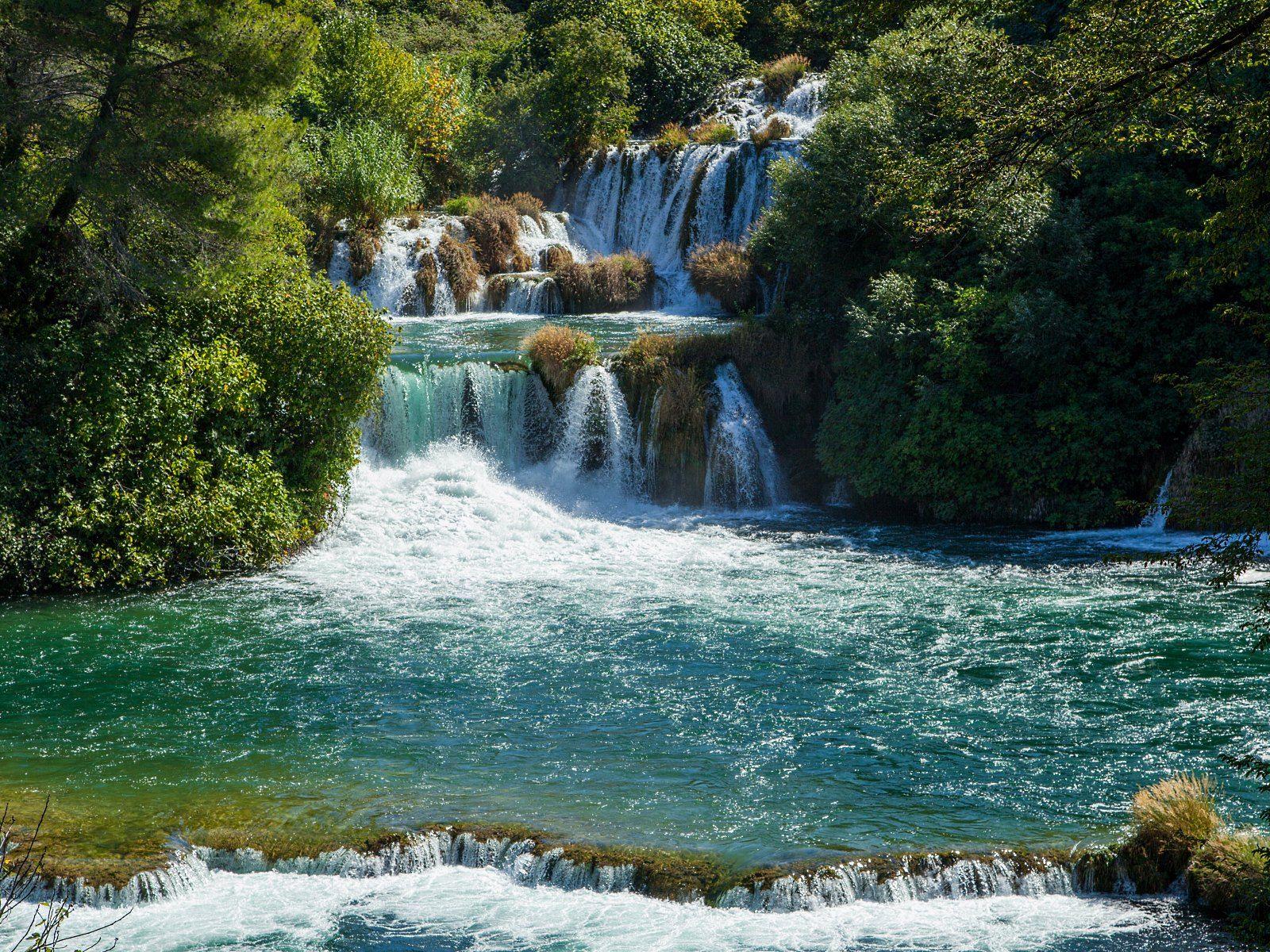 Каскады водопада Крка