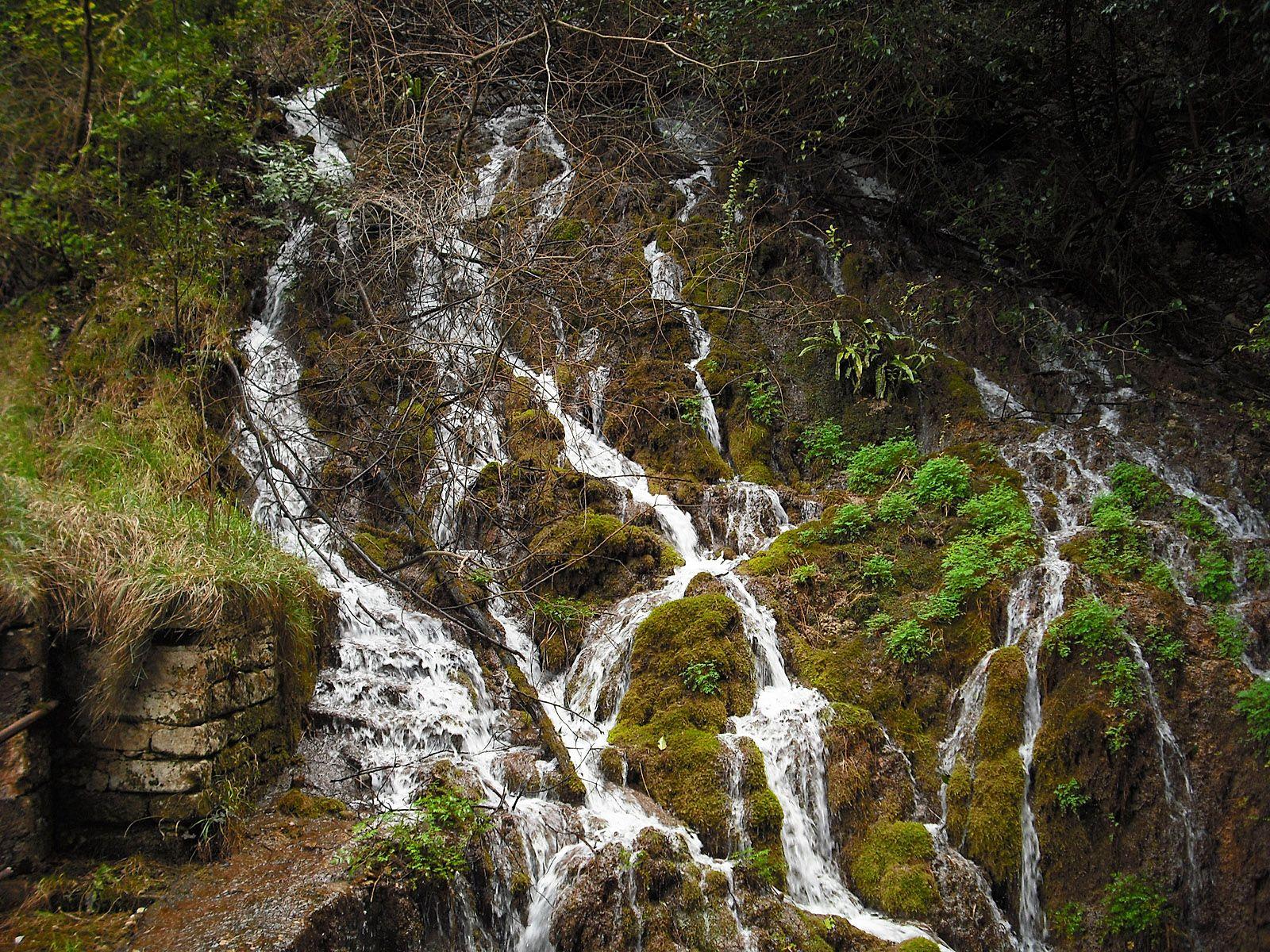 Ручьи водопада Вароне