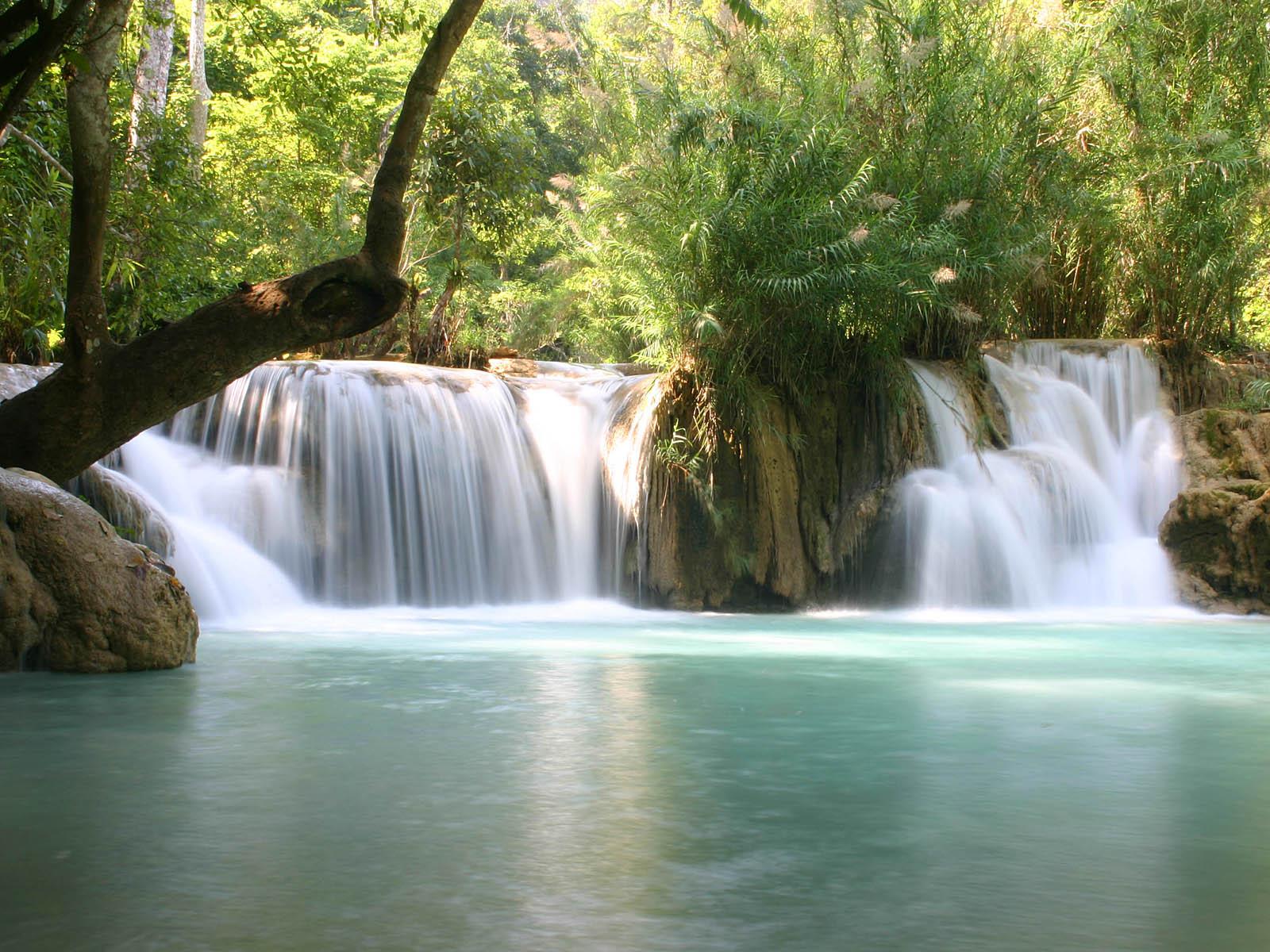 Каскады водопада Тат Куанг Си
