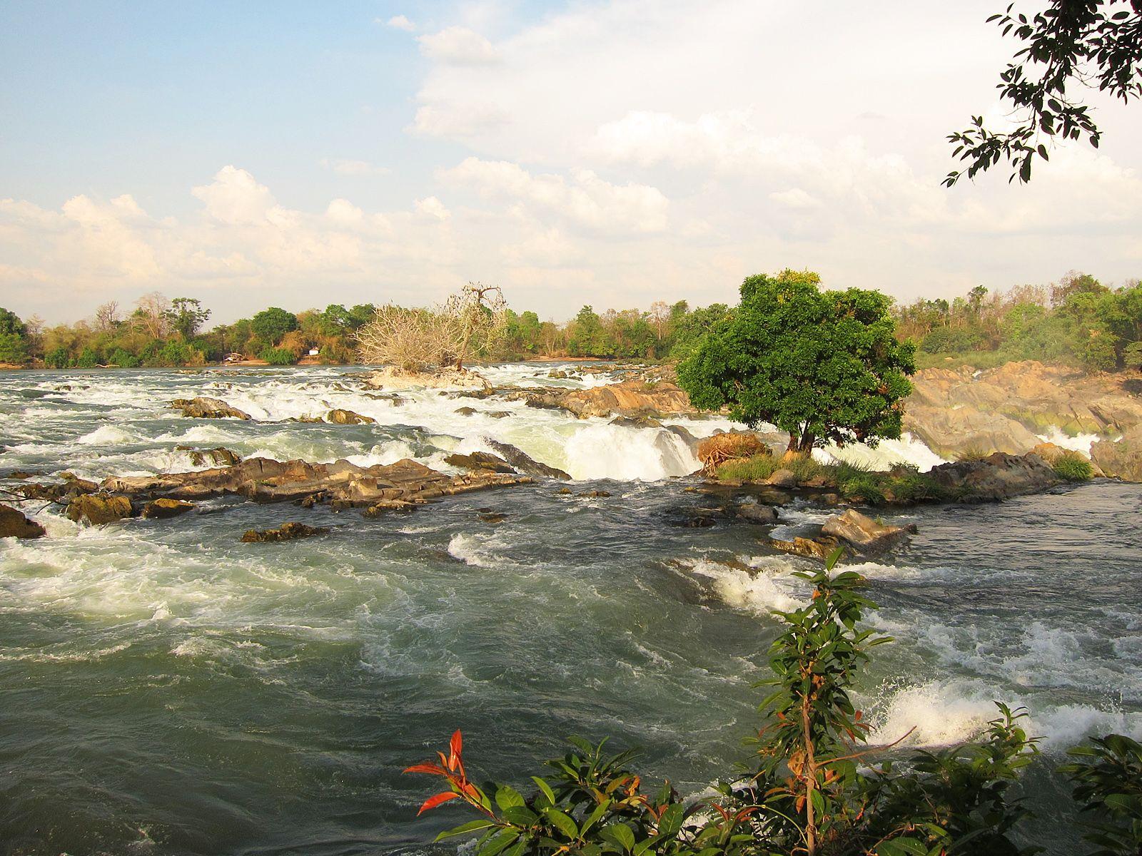 Водопад Кон