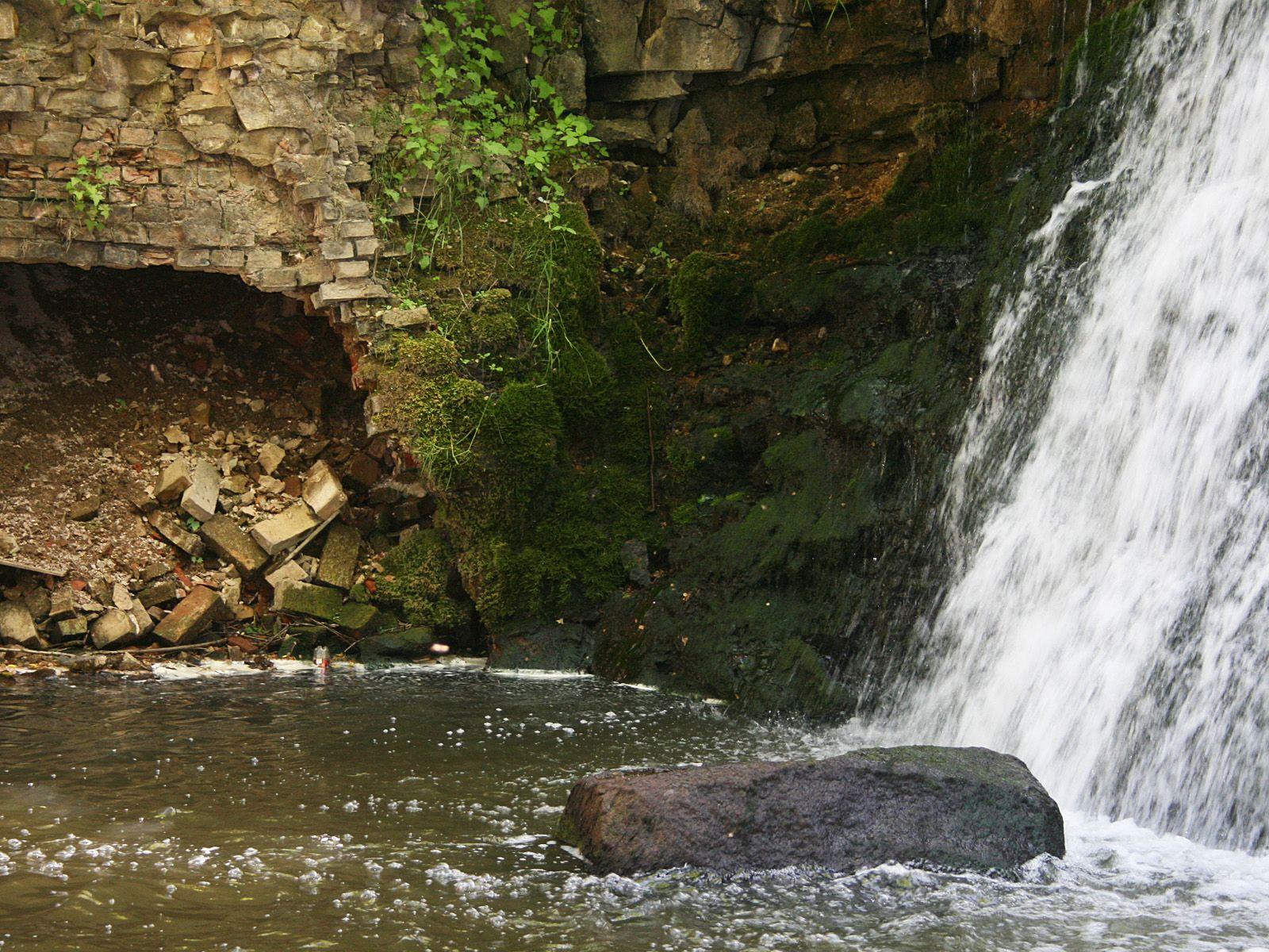 Кулдигский водопад внизу