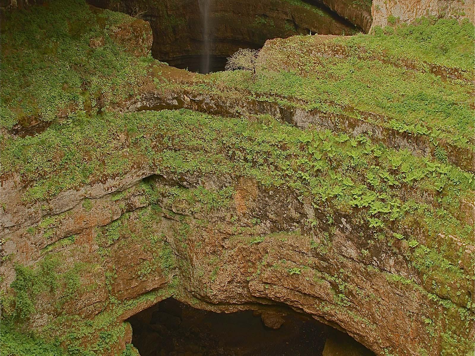 Водопад Баатара нижний мост