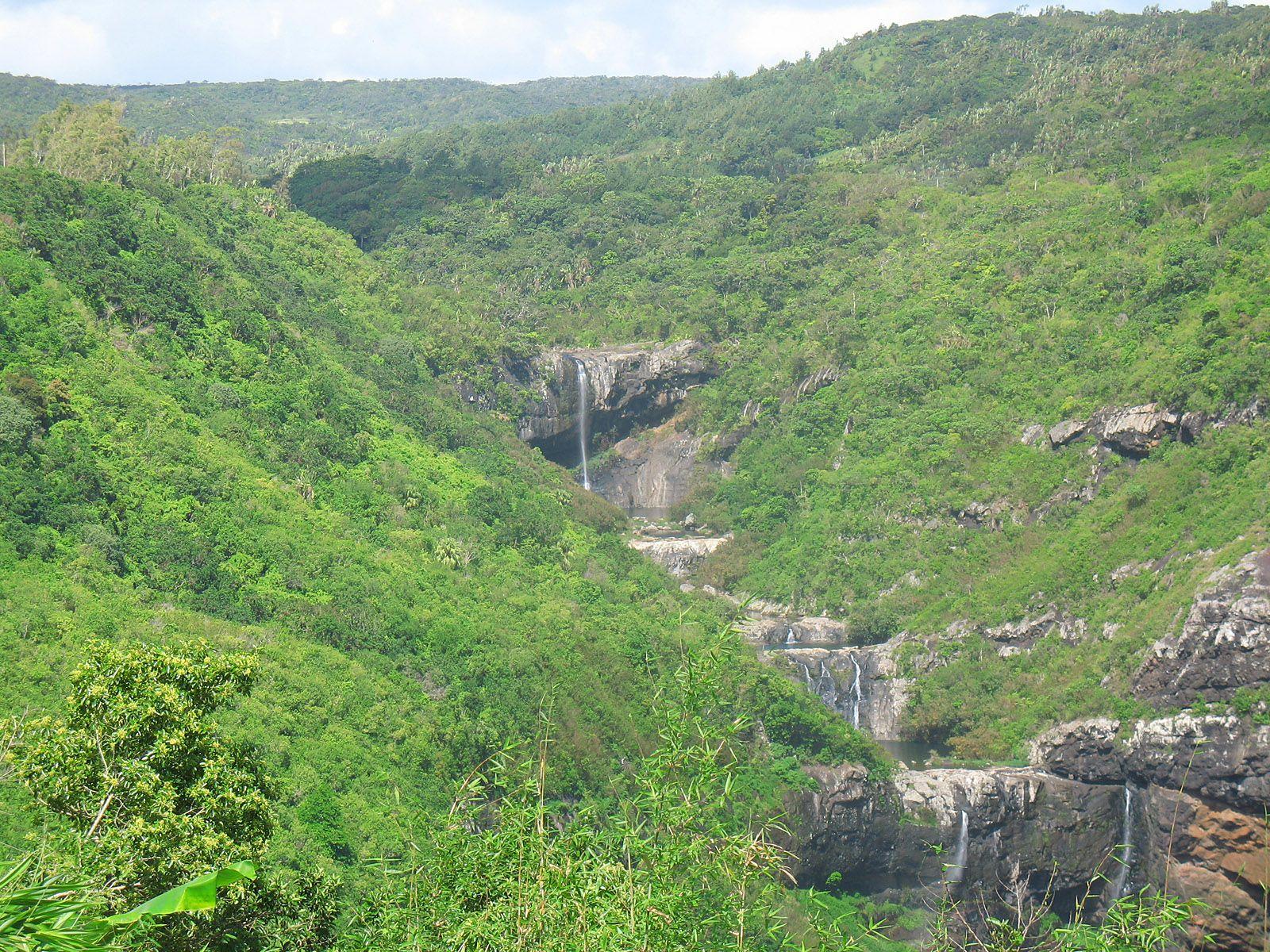Средние водопады Тамарин