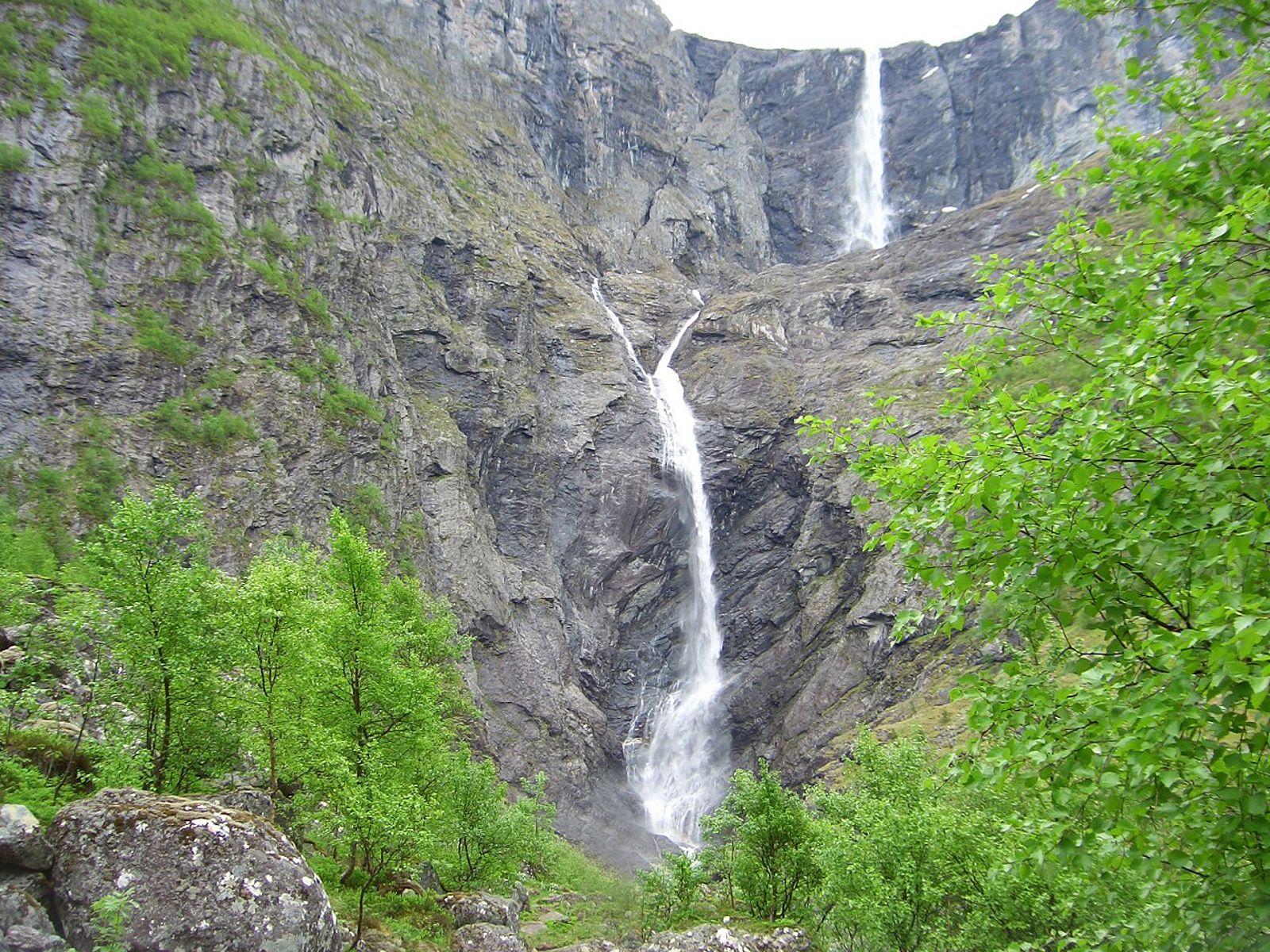 Водопад Мардалсфоссен