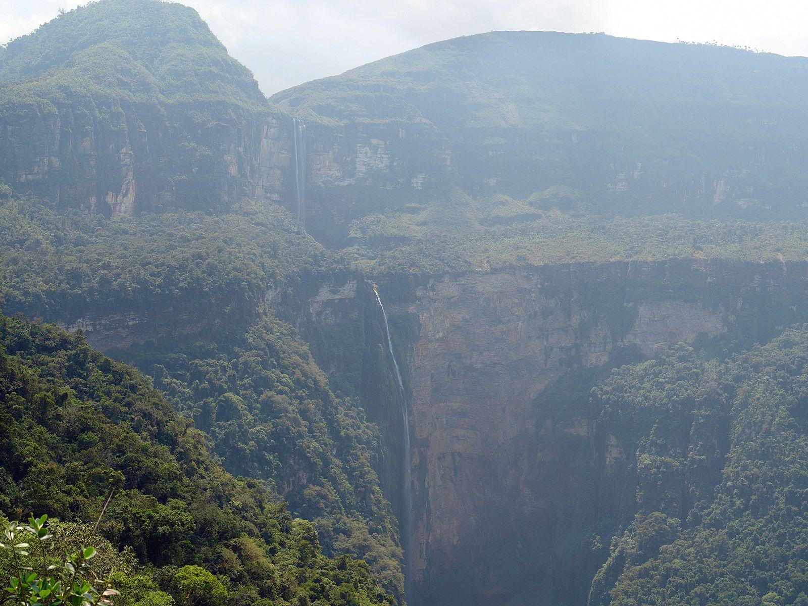Водопад Гокта издалека