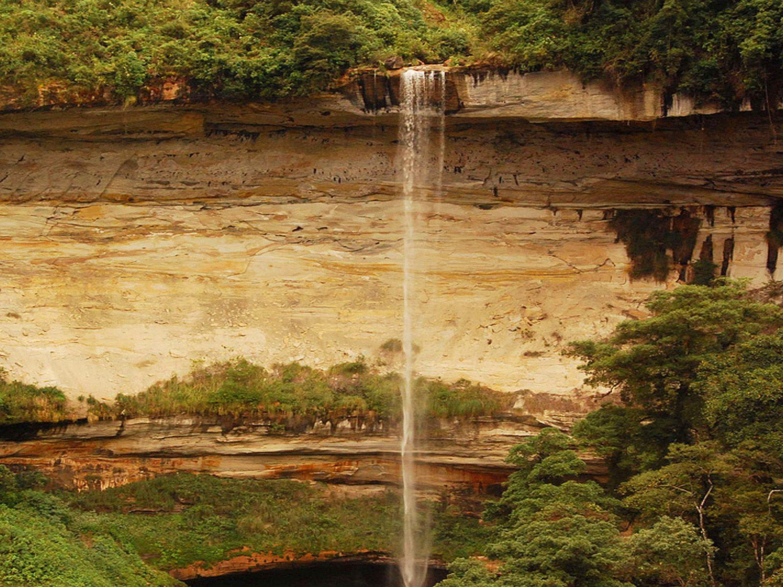 Водопад Умбилла вблизи
