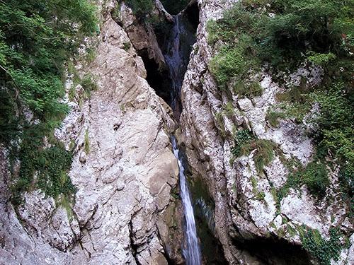 Второй Агурский водопад
