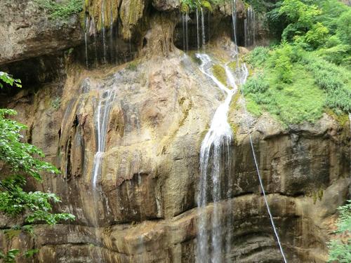 Чегемские водопады летом
