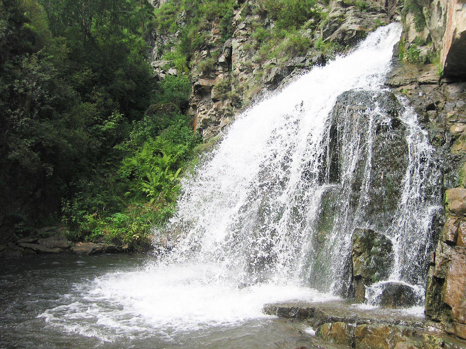 Камышлинский водопад