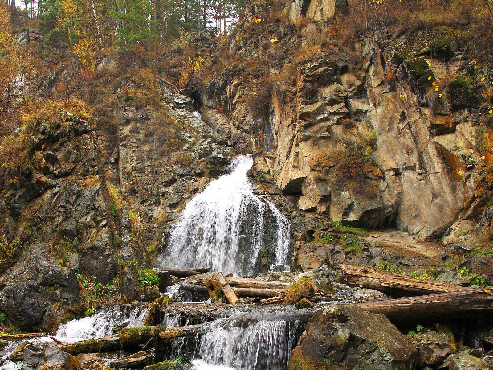Исток Камышлинского водопада