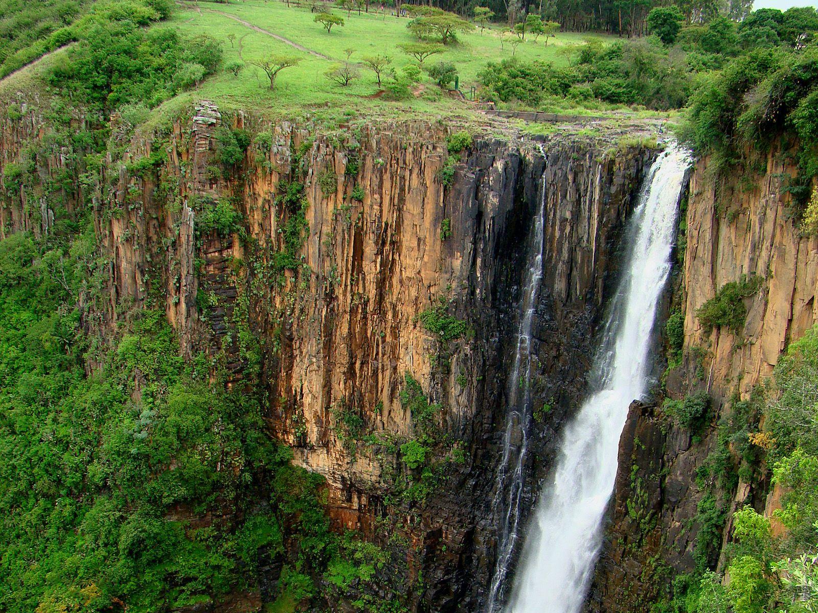 Вид на водопад Хоуик