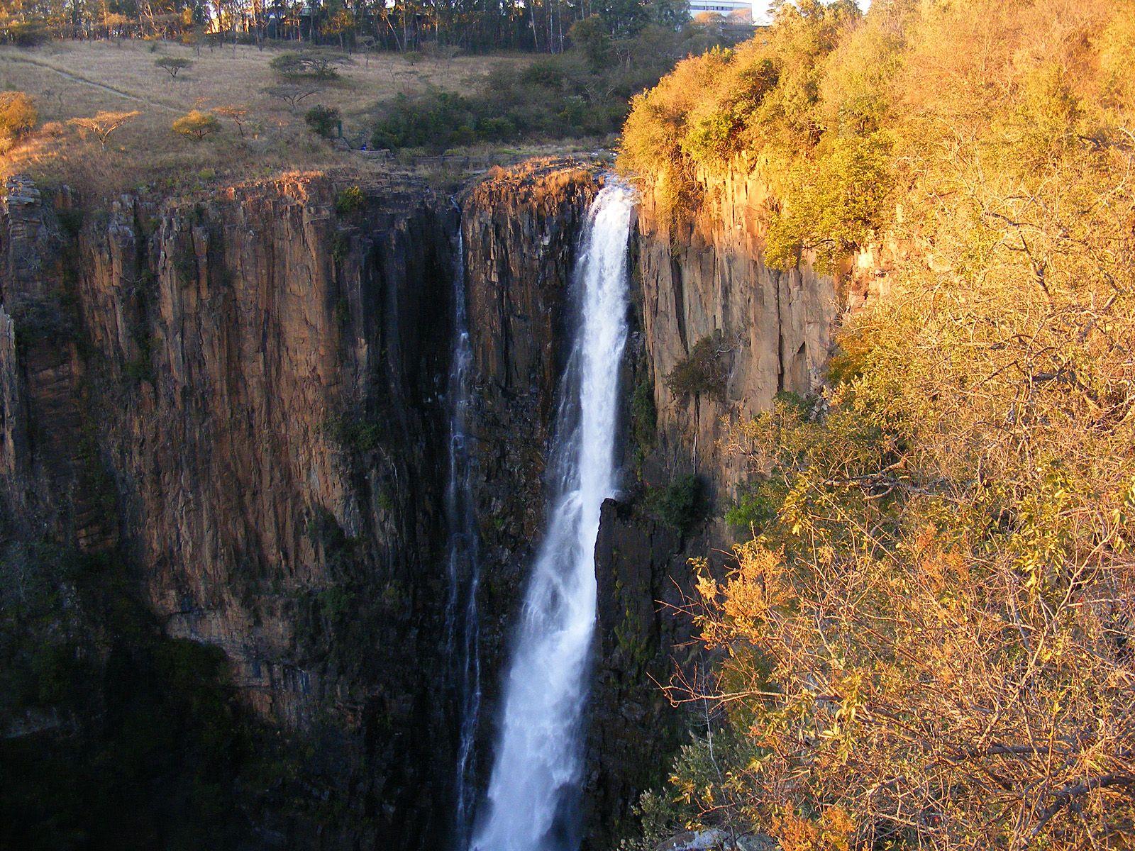 Водопад Хоуик на закате