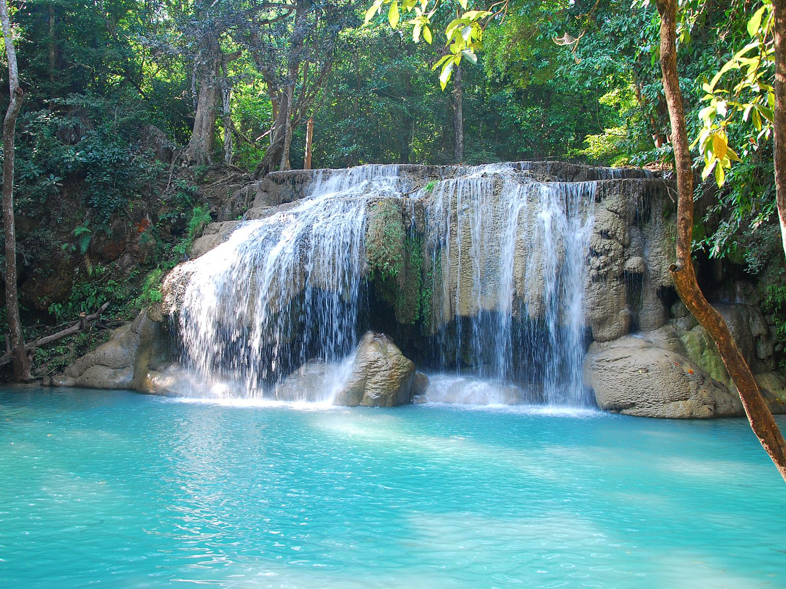 Водопад эраван erawan waterfall