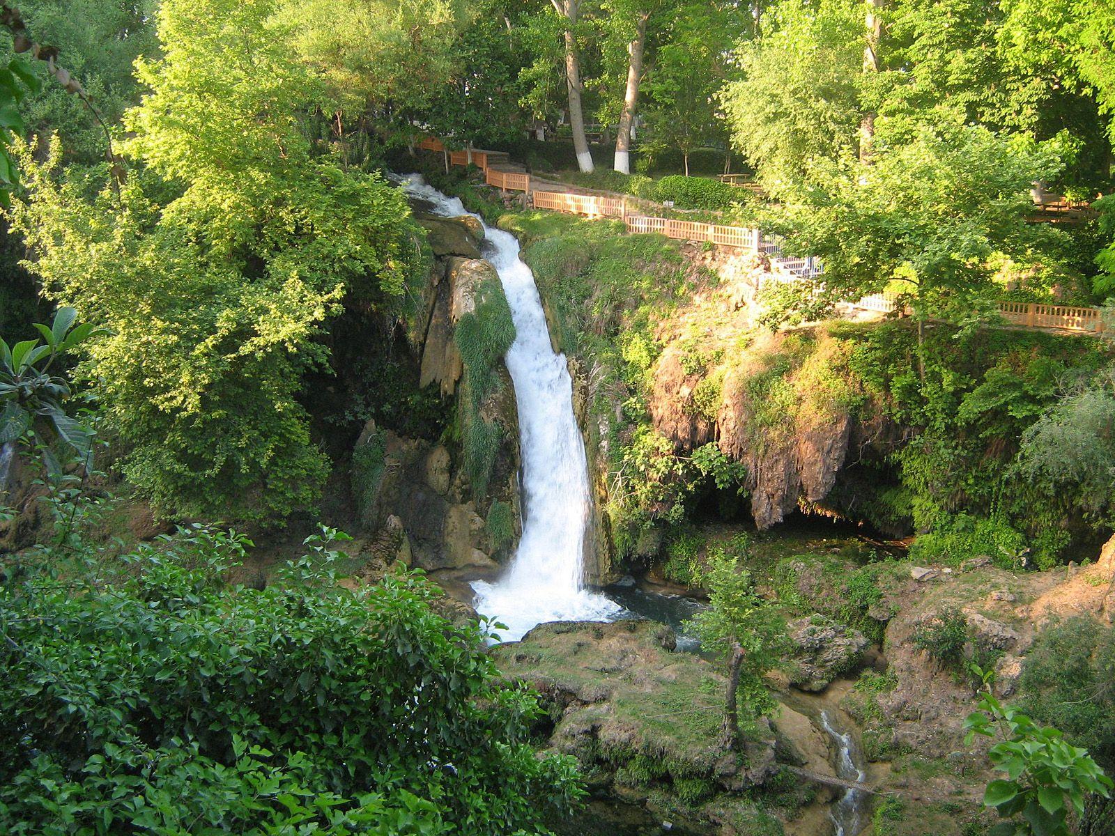 Водопад Дюден сверху