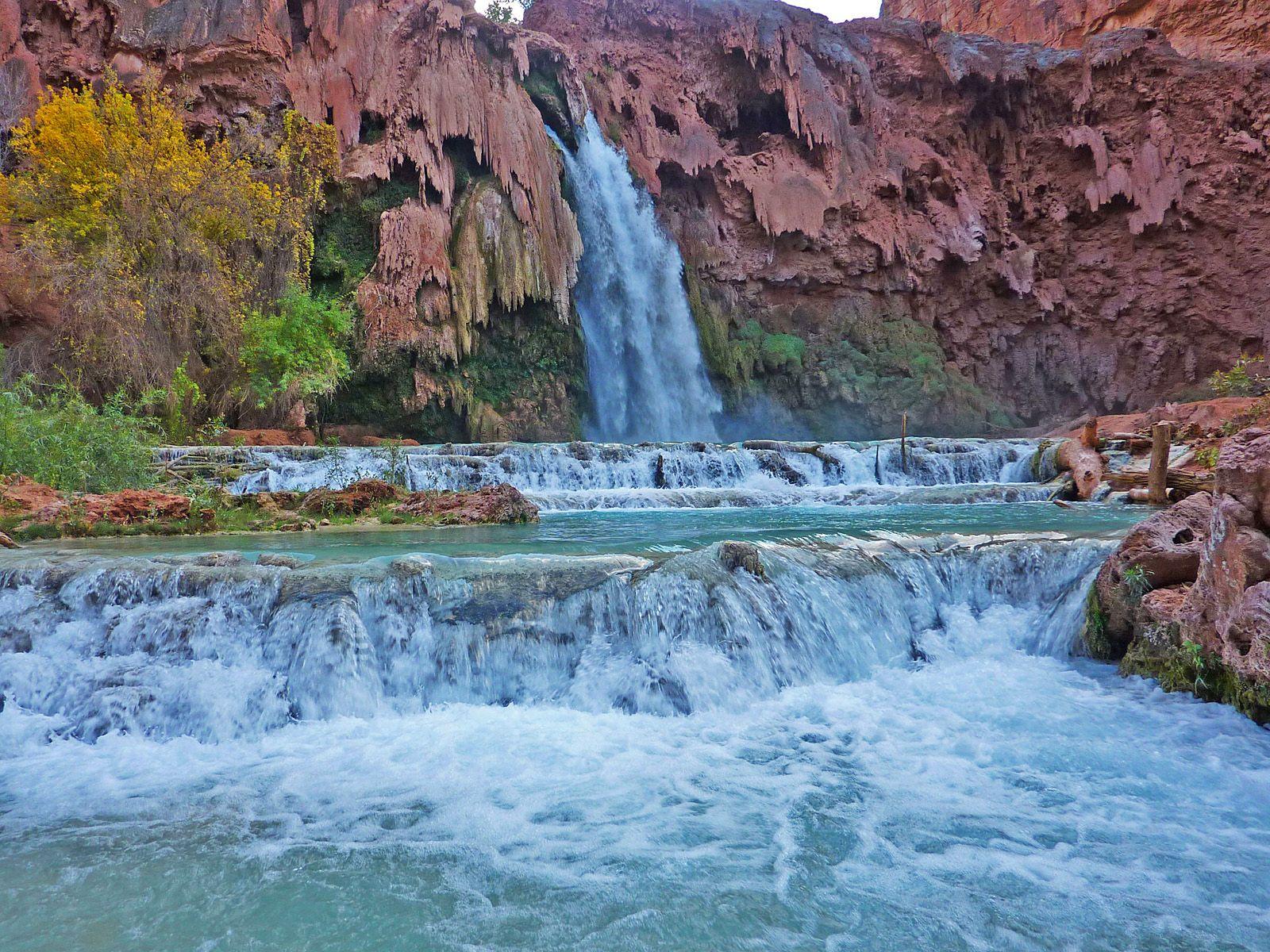 Каскад водопада хавасу