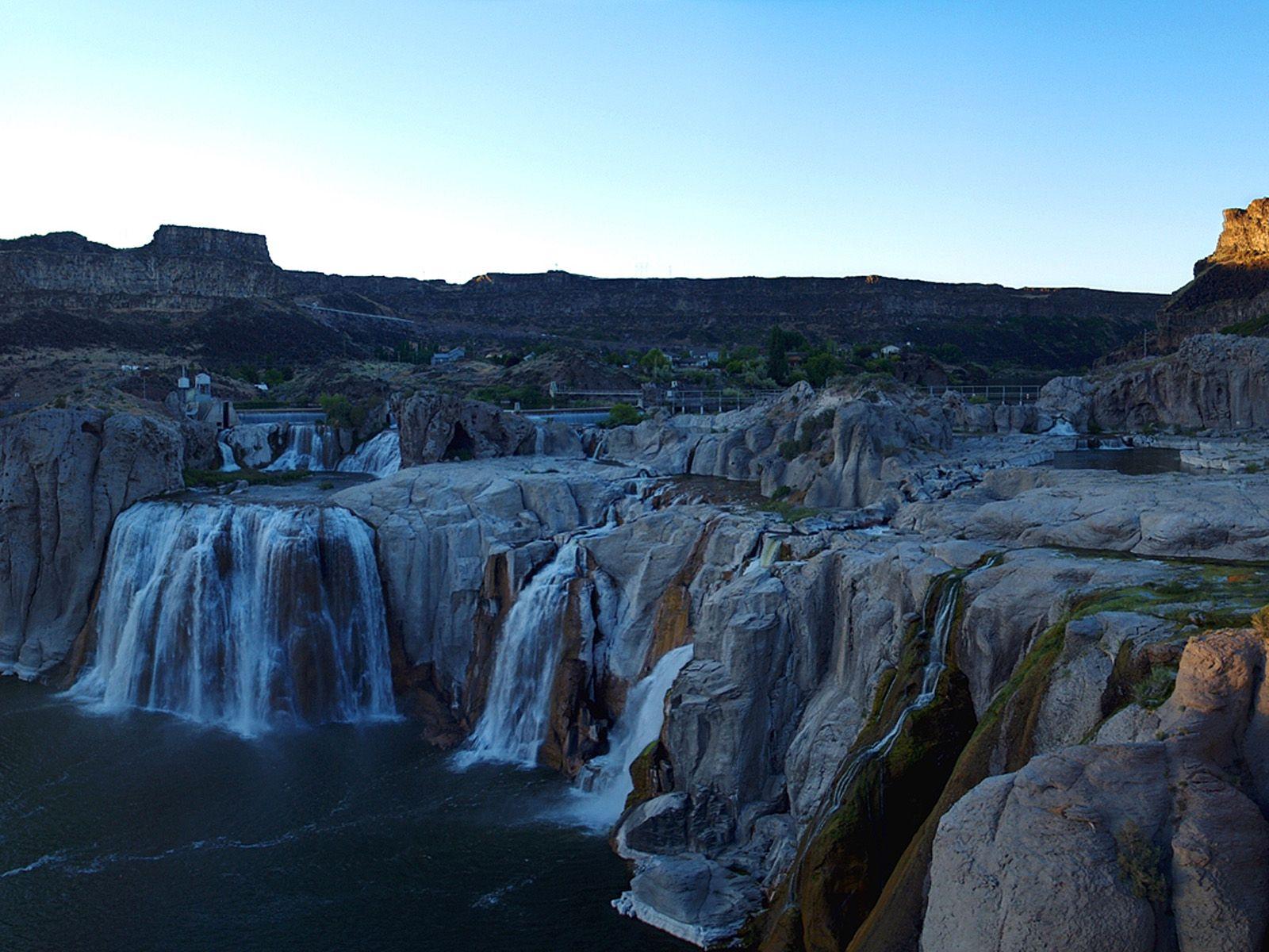 Водопад Шошони во время заката