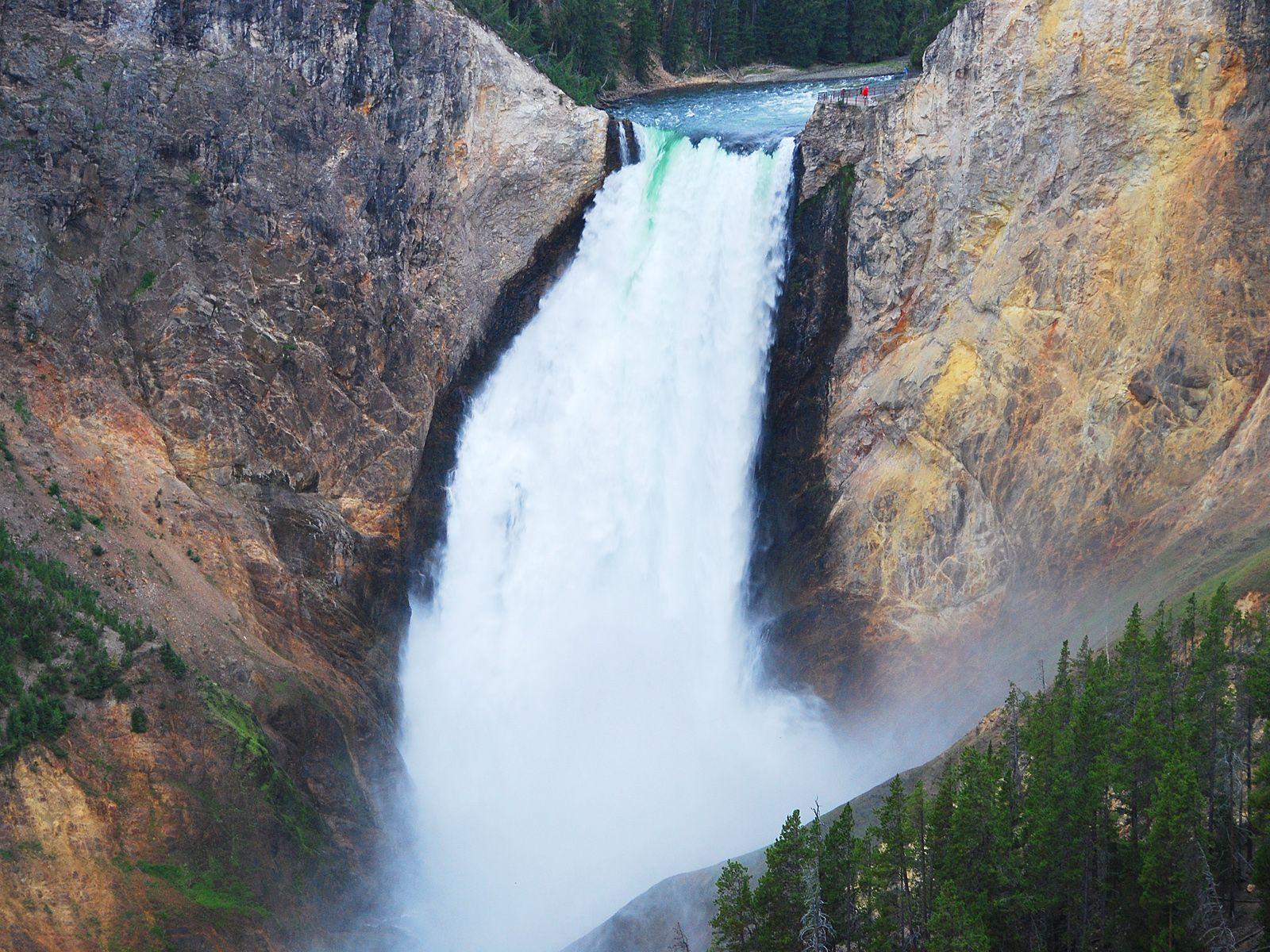 Водопад Йеллоустоун