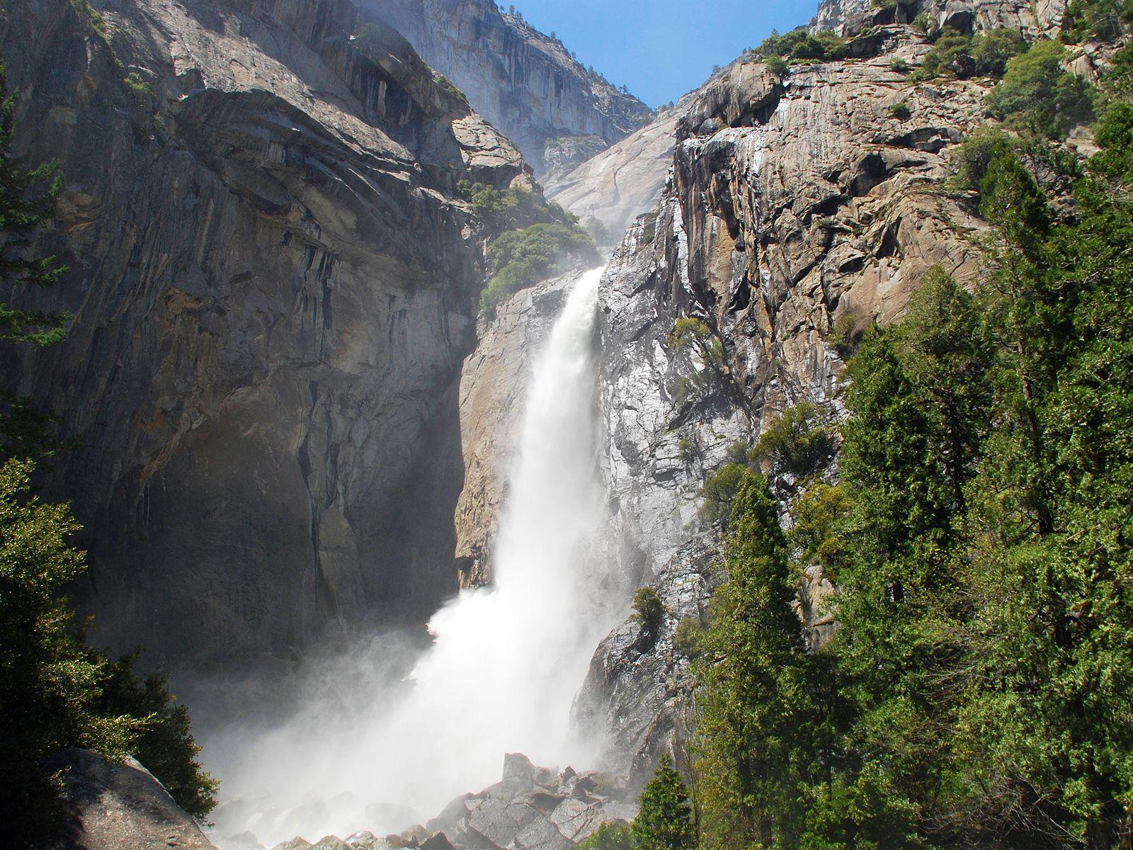 Вторая ступень водопада Йосемити