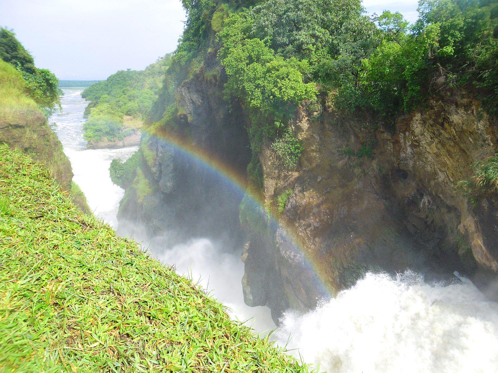 Пропасть у водопада Мерчисон