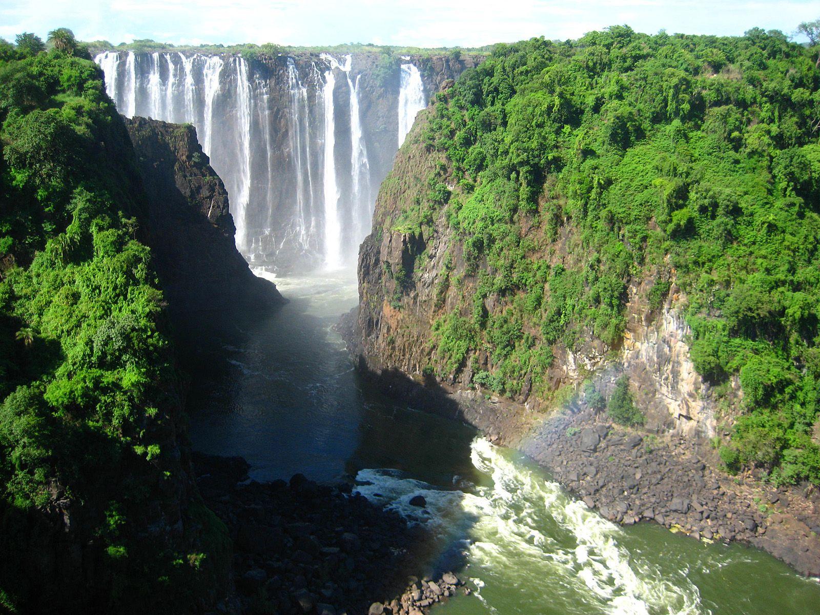 Ущелье водопада Виктория