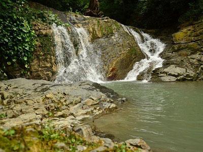 Знаменитые Ореховские водопады